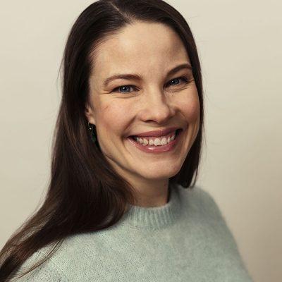 Kira Schroeder